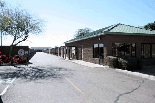 Elliot Kyrene Storage Solutions Looking for affordable secure self storage units in Tempe Arizona? & Self Storage Units in Tempe | 85284 | Elliot Kyrene Self Storage